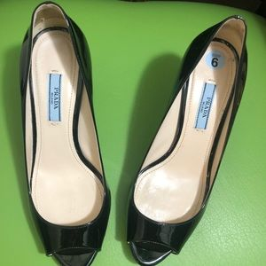 PRADA black patent pumps sz 6 Great used condition